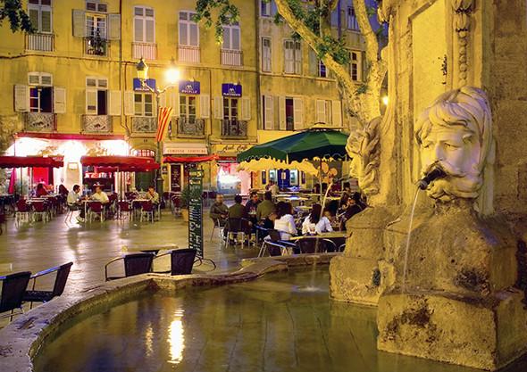 place-de-l-hotel-590-590x417